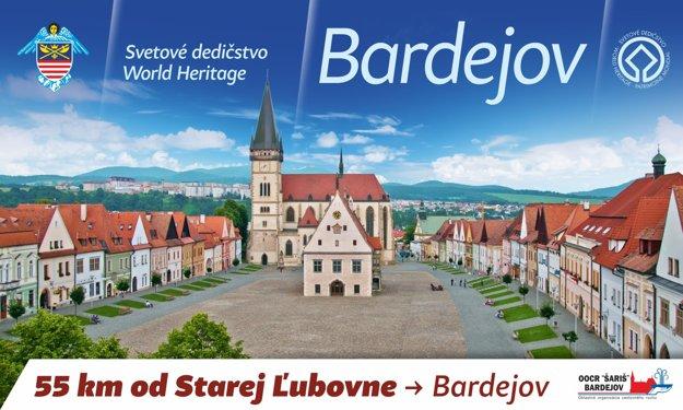 Radničné námestie v Bardejove. Na jeho návštevu láka billboard pri poľskej obci Barcice.