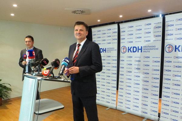 Nový líder KDH Aloj Hlina zatiaľ presvedčil aj konzervatívnych voličov hnutia.
