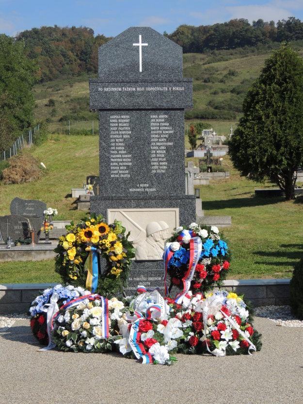 Pôvodný pamätník bol postavený ešte v roku 1947. Tento rok sa dočkal obnovy.