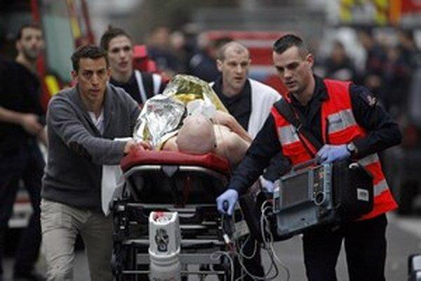 Masaker v redakcii Charlie Hebdo.