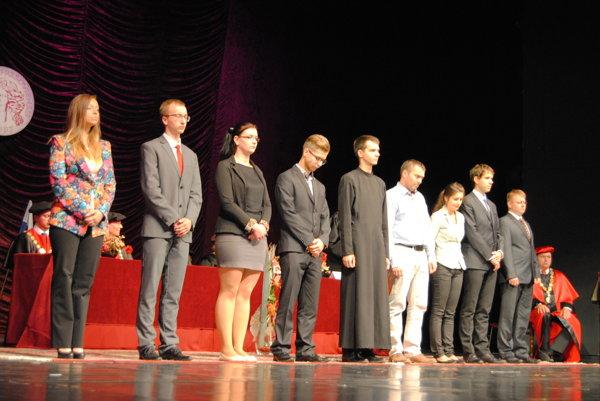 Ocenení študenti.
