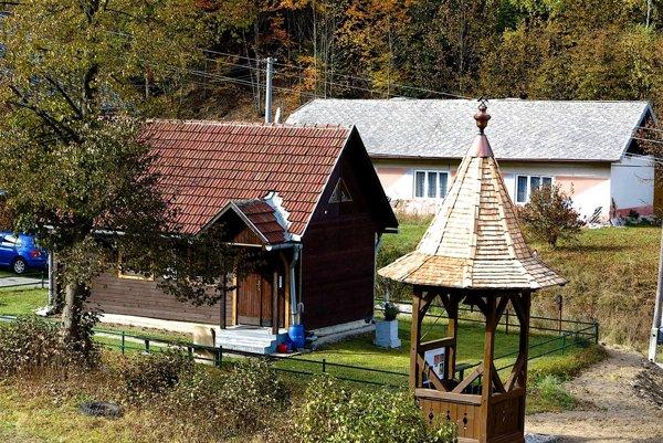 Zvonička na Bindte. Oznamovala začiatok akoniec zmeny.