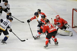 Hokejový duel vPrešove. Aj ztakých šancí tučniaci nedali.