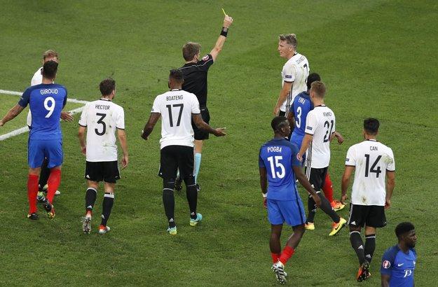 Rizzoli viedol aj semifinálový zápas ME medzi Nemeckom a Francúzskom.