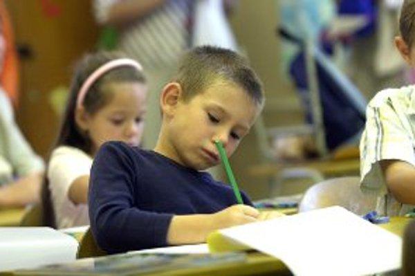 Mladší žiaci jeden deň v týždni nemusia popoludní písať domáce úlohy.