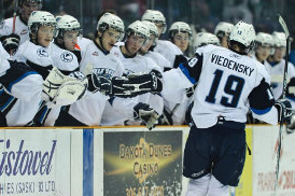 Marek Viedenský sa po skončení základnej časti WHL stal najviac oceňovaným hráčom svojho klubu Saskatoon Blades.