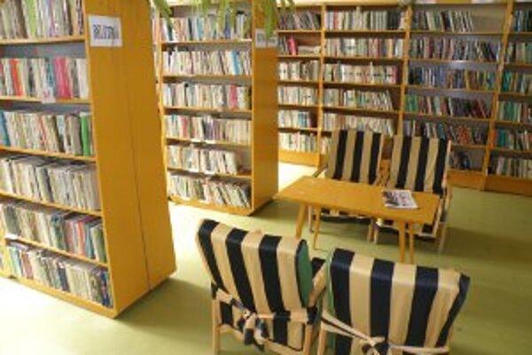 Tri knižnice čitateľom už knihy nepožičiavajú.