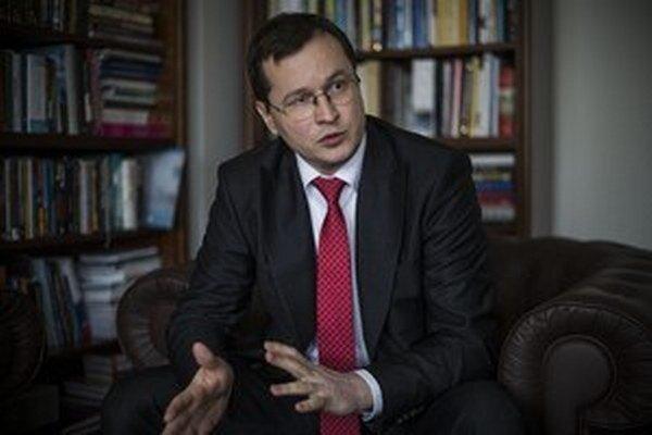 Ministr školstva Juraj Draxler.