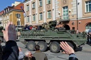 Takto vítali amerických vojakov nedávno v Česku.