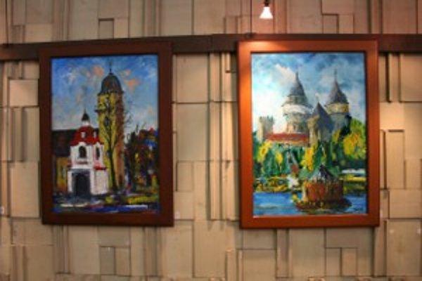 Na obrazoch sa objavuje aj námet bojnického zámku.