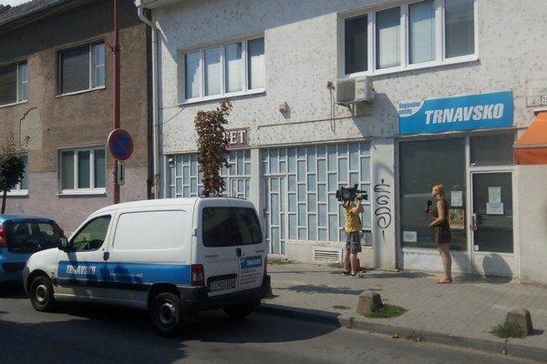 Polícia vykonala vo firme v stredu raziu.