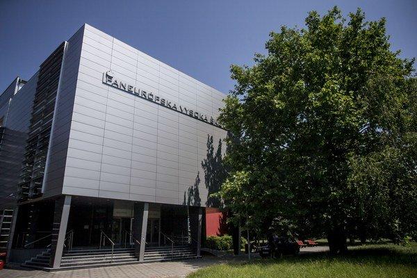 Paneurópska vysoká škola však podala žalobu.