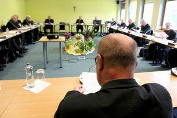 Konferencia biskupov musela priznať neefektívne hospodárenie  na Katolíckej univerzite.