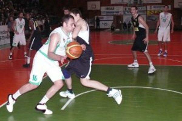 Handlovský basketbalový klub možno nenastúpi do extraligy.