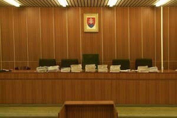 Podstata obžaloby prokurátora Úradu špeciálnej prokuratúryspočívala v tom, že obžalovaní uviedli do omylu súd, respektíve pozemkový úrad.