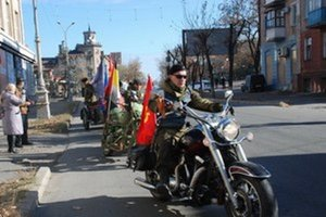 Ruskí motorkári – Luhansk, koniec roka 2014. Šéf Nočných vlkov prezývaný Chirurg neprišiel.