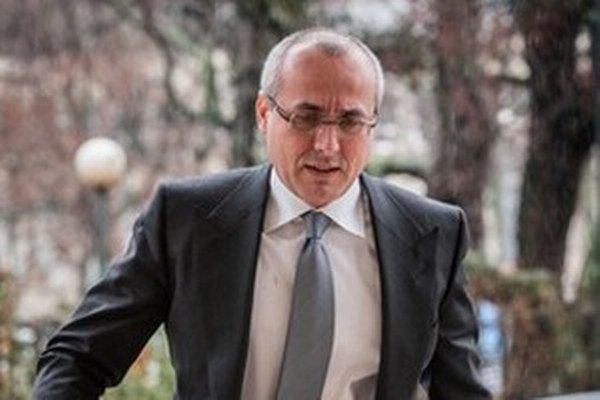 Minister Borec sa dovolať neponáhľa a bývalý poslanec Jánoš je stále na slobode.