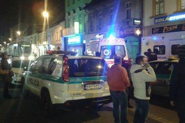 Pri prepade zahynul 66-ročný majiteľ z Arménska Tagvar Spartakian, jeho manželka a ďalšia osoba utrpeli zranenia.