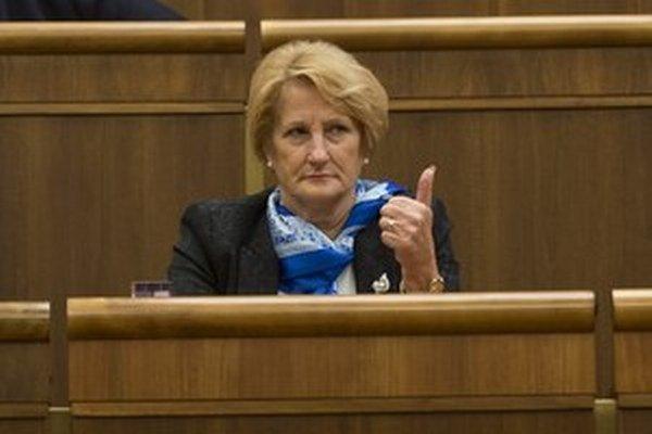 Tentoraz Smer ukázal palec dole. Jana Laššáková.