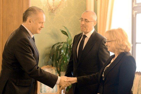 Prezident Kiska, minister spravodlivosti Tomáš Borec a nová predsedníčka Súdnej rady Jana Bajánková.