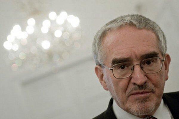 Prezident Gašparovič sa zatiaľ neprejavil. Výraznejšie sa neprejavoval ani predtým, myslí si Martin Bútora.