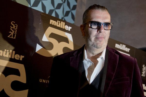 """Ikona slovenskej populárnej hudby. Richard Müller pred necelým týždňom krstil nový album """"55""""."""