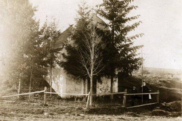 Rodinná hrobka rodiny Palugyayovcov vBodiciach.