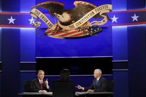 Viceprezidentská debata medzi Timom Kainom (vľavo) a Mikeom Penceom.