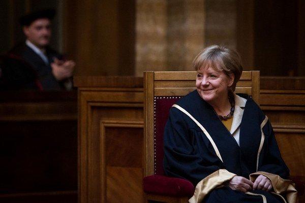 Vyštudovaná fyzička dostala čestný doktorát Univerzity Komenského.