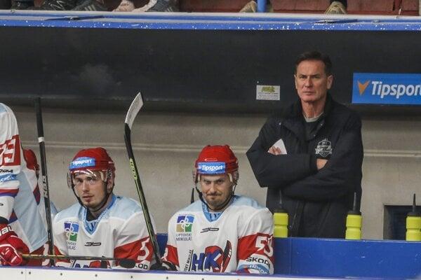 Matej Moravčík, Igor Bobček a tréner Liptovského Mikuláša Róbert Spišák.