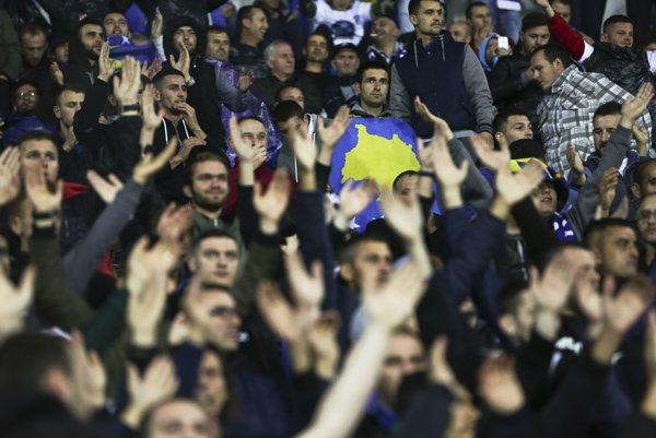 Fanúšikovia Kosova.