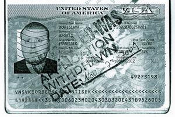 Borbélyho vyhostili aj z USA.