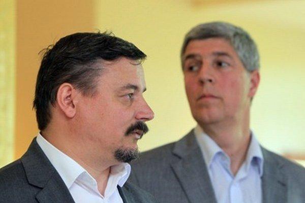 Predseda Most-Híd Béla Bugár a predseda SMK József Berényi.