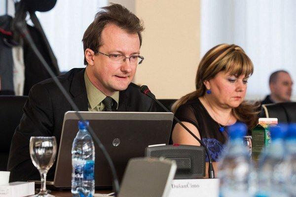 Dušan Čimo nepodporil vládnu kandidátku.