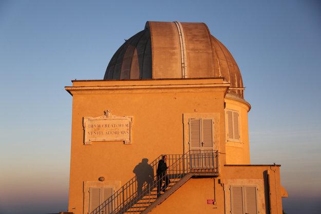 Súčasťou paláca v Castel Gandolfo je aj hvezdárske observatórium.