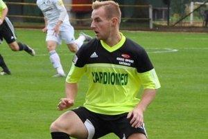 Matej Blahuta bol v stretnutí s rezervou železiarov pri streleckej chuti. Vsietil dva góly.