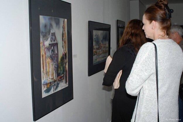 Z vernišáže výstavy Adama Papke Akvarely.