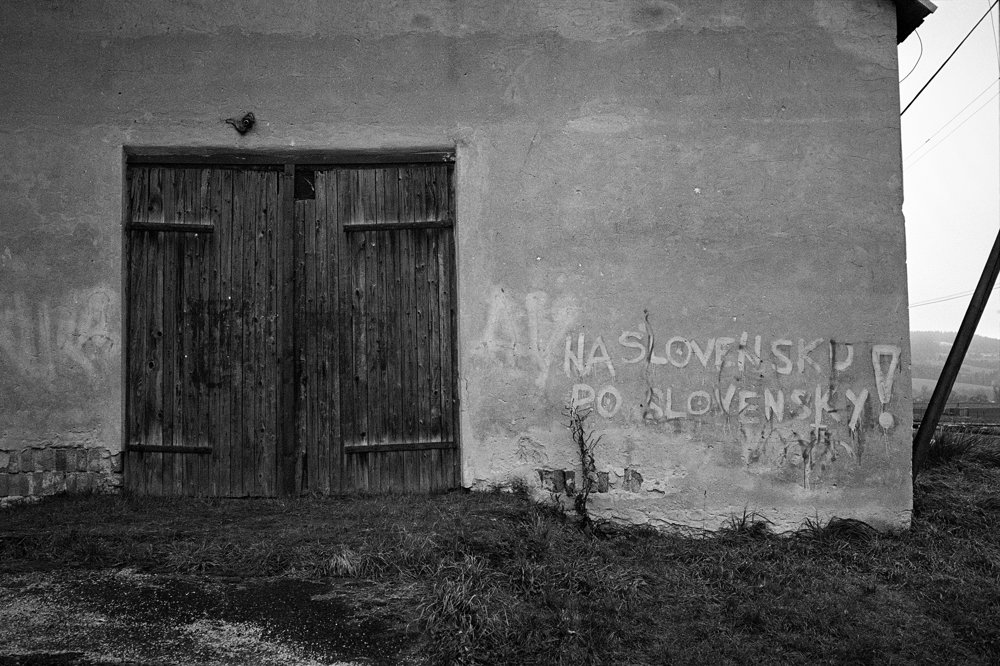 MLADÍ FOTOGRAFI A ŠTUDENTI DO 25 ROKOV, 1. miesto - MAREK PUPÁK, séria Na Slovensku po slovensky