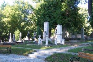 Národný cintorín v Martine. Nový cenník nájmu tu bude platiť od februára budúceho roku.