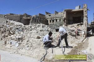 Na pamiatku obetí bojov o sýrske Aleppo zneli zvony stoviek farností