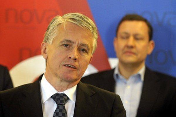 Jozef Kollár (v popredí) a Daniel Lipšic.