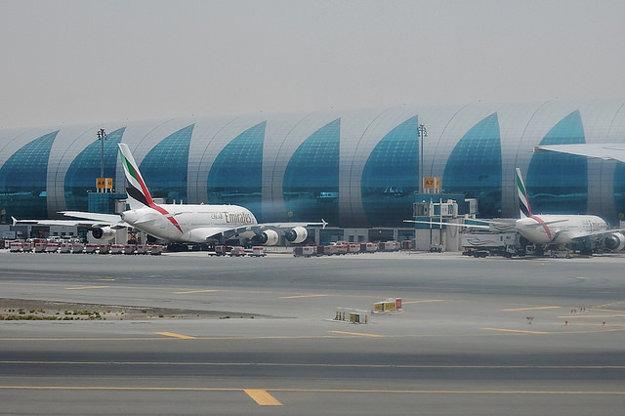 Terminál dubajského letiska.