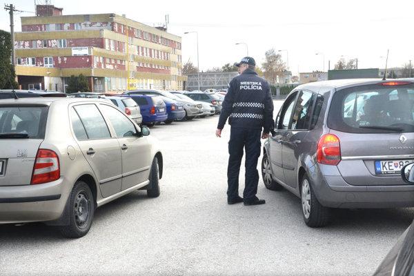 Mestskí policajti sa novou metódou inšpirovali v zahraničí.
