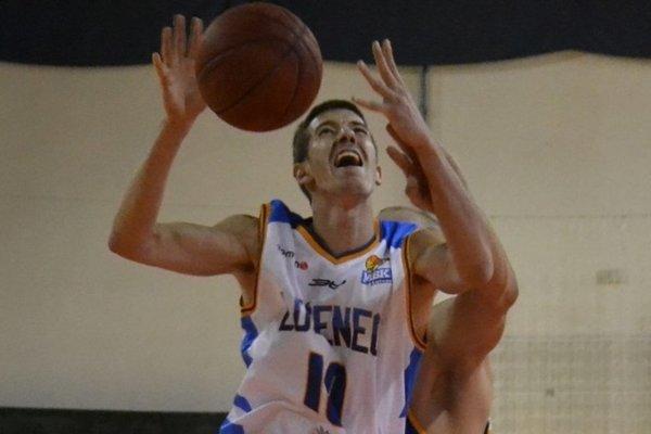 Pracovný týždeň v Lučenci vyvrcholí basketbalovou lahôdkou.