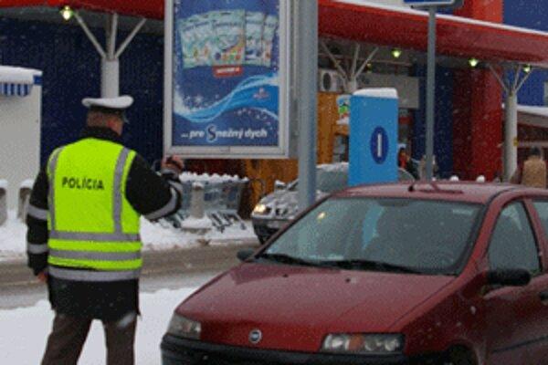 Policajná akcia bola zameraná na kontrolu vyhradených parkovísk.