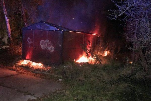 Požiar garáže na P. Várdayho