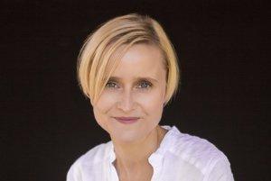 Spisovateľka, scenáristka a režisérka Barbora Kardošová.