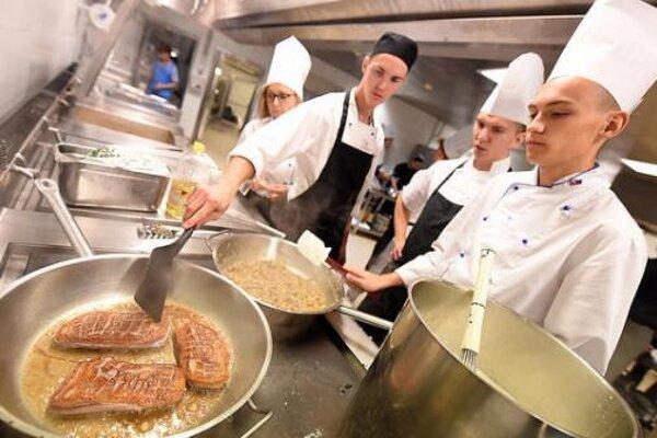 Mladí kuchári z Bratislavských škôl navaria v Bruseli.