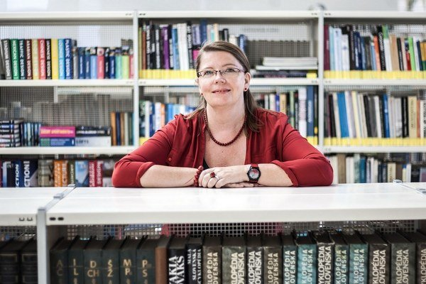 Knižnice sa dokážu prispôsobiť, verí Silvia Stasselová. Zatiaľ sa u nás nedarí šíriť elektronické knihy.
