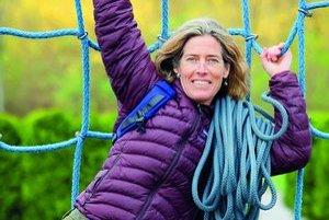 Lynn Hill (1961)Legendárna americká lezkyňa. Narodila sa v Detroite, vyrastala v Kalifornii. Od štrnástich rokov lezie. Koncom sedemdesiatych rokov začala posúvať hranice ženského lezenia, ako prvá žena prešla mnohé ťažké cesty. V osemdesiatych rokoch s